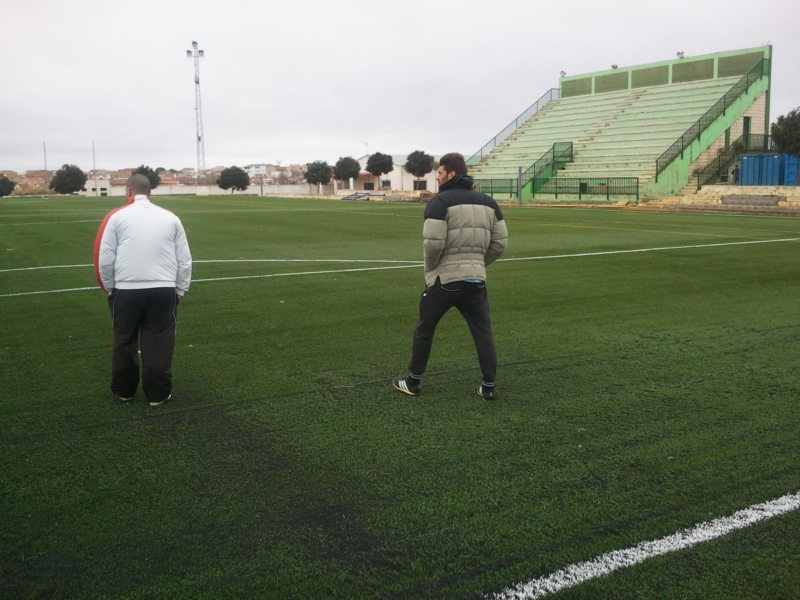El C.D. Calamonte tendrá que esperar para debutar en el campo de césped artificial